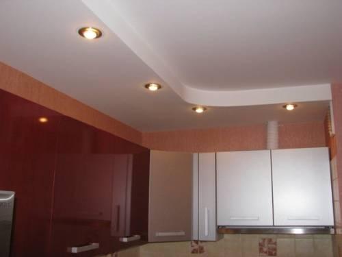 Потолок на кухне из гипсокартона на кухне
